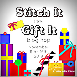 Stitch it and Gift blog hop button large it button